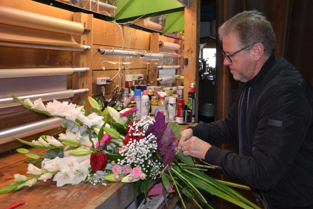 Florishop Fleuriste Argenteuil Jean-Luc artisan-fleuriste 84 avenue Gabriel Péri Argenteuil bouquet
