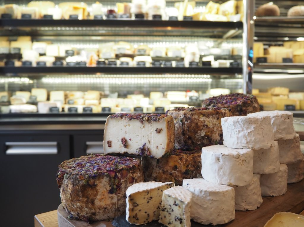 Fromagerie-Hayaud-fromagerie-crèmerie-36-bis-rue-Gallieni-92600-Asnières-sur-Seine-©Petitscommerces-4