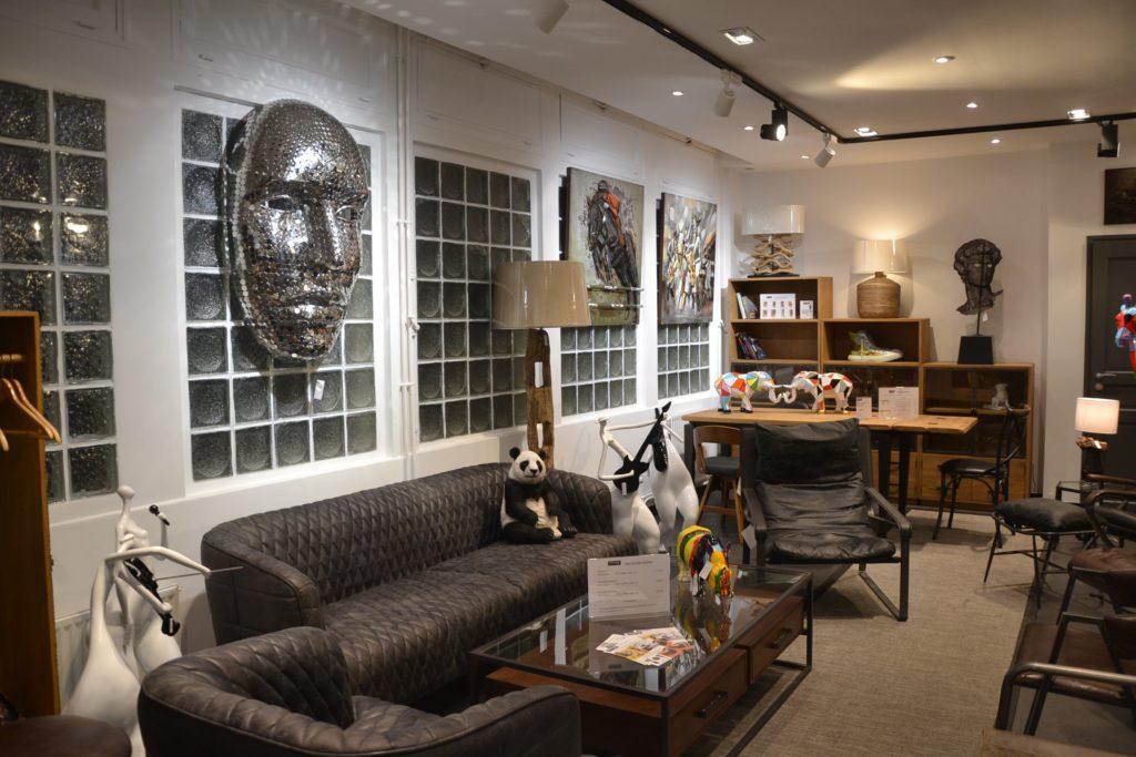 Shogun-Déco boutique de meubles et de décoration atypique 19 avenue de la Grande-Armée Paris 16 Starbay malles, meubles industriels, rétro, vintage, scupltures, idées cadeaux deco