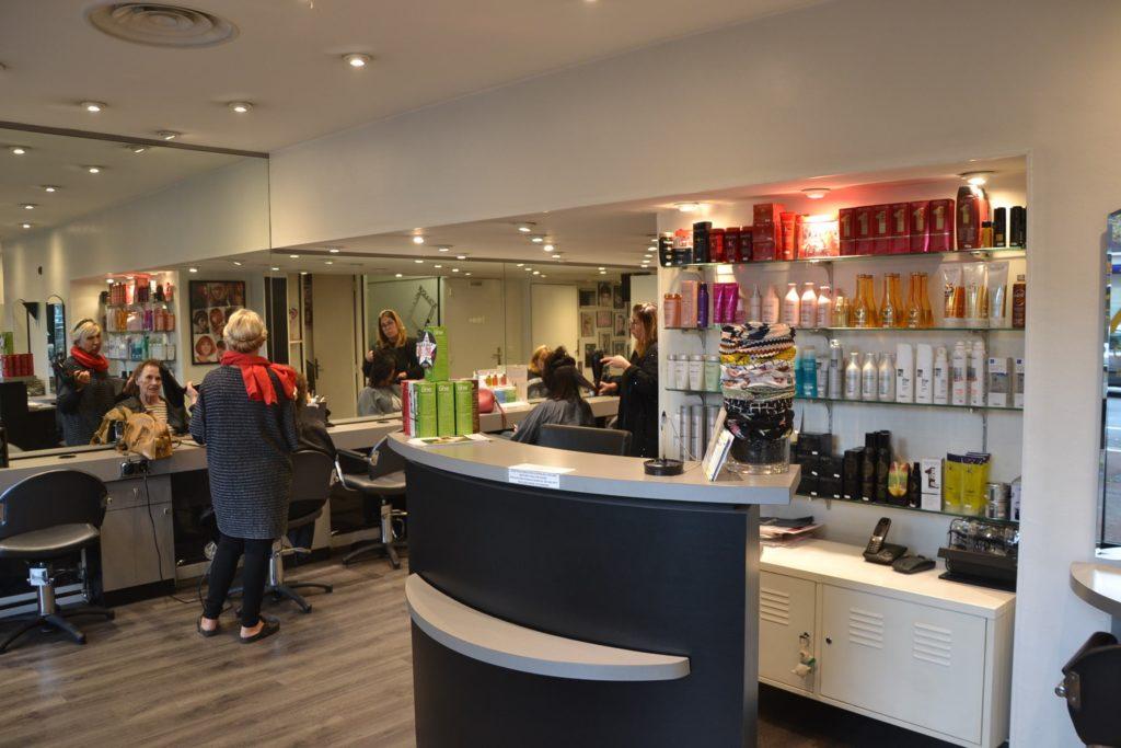 Tara Coiffure coiffeur Argenteuil salon de coiffure relooking 54 avenue Gabriel Péri Argenteuil Toura coiffage