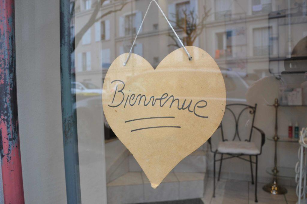 LOrchidée-institut-de-beauté-rue-de-Verdun-Vieux-Garges-à-Garges-lès-Gonesse-Yon-ka-Yonka-soins-entree-scaled.jpeg