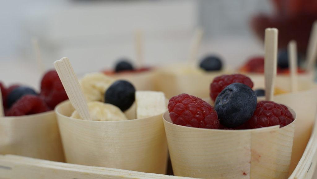 Onini-delices -Goussainville -traiteur-a-domicile petits-paniers-fruits-frais-scaled-1
