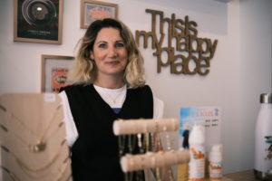Institut-de-beauté-Taverny-Ouvrir-son-petit-commerce-ils-ont-fait-le-pari-réussi-de-la-reconversion-professionnelle