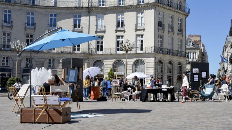 Partout-en-France-les-centres-villes-fêtent-les-commerces-nantes-à-coeur