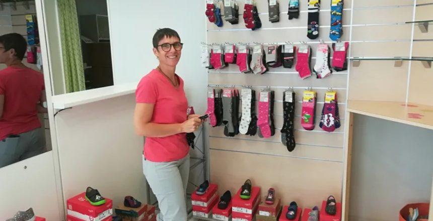 À Fourneaux-Modane, le dernier magasin de chaussures rouvre ses portes