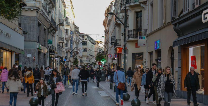 Ces villes qui sengagent pour les petits commerces Episode 3 Cannes David Lisnard Isabelle de Saint Leger centre-ville