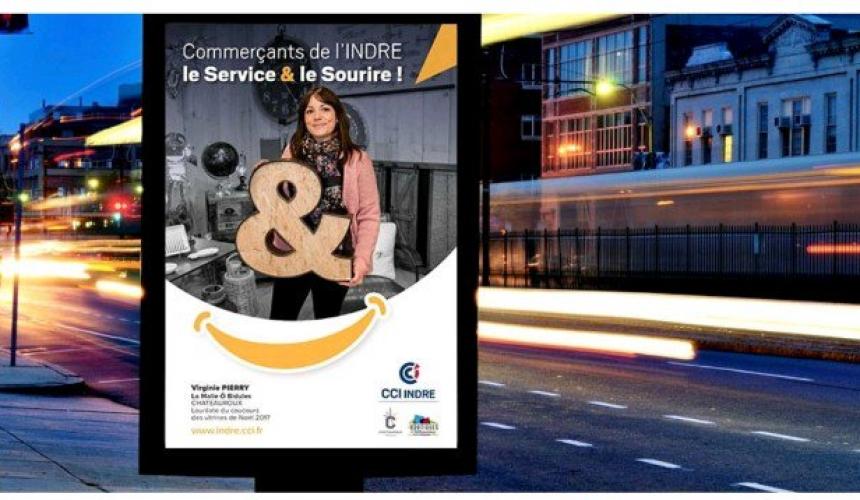 main-la-campagne-daffichage-de-la-cci-indre-a-chateauroux-pour-promouvoir-le-commerce-de-proximite-jpg