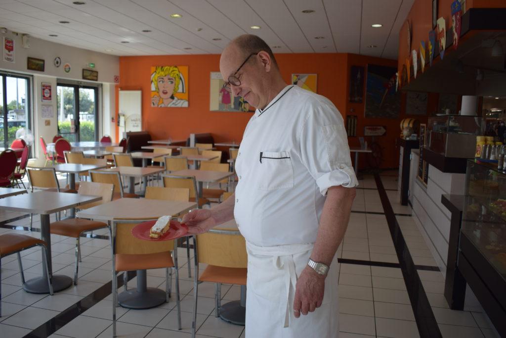 Bistrot-du-Marche-Restaurant-Mitry-Mory-Antoine-presente-son-dessert-fetiche-le-sens-interdit-1
