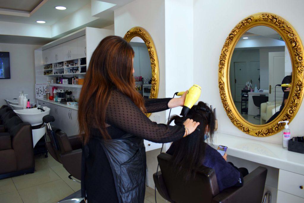 LN-Beaute-salon-de-coiffure-et-beaute-Villiers-Le-Bel-coiffure-en-cours