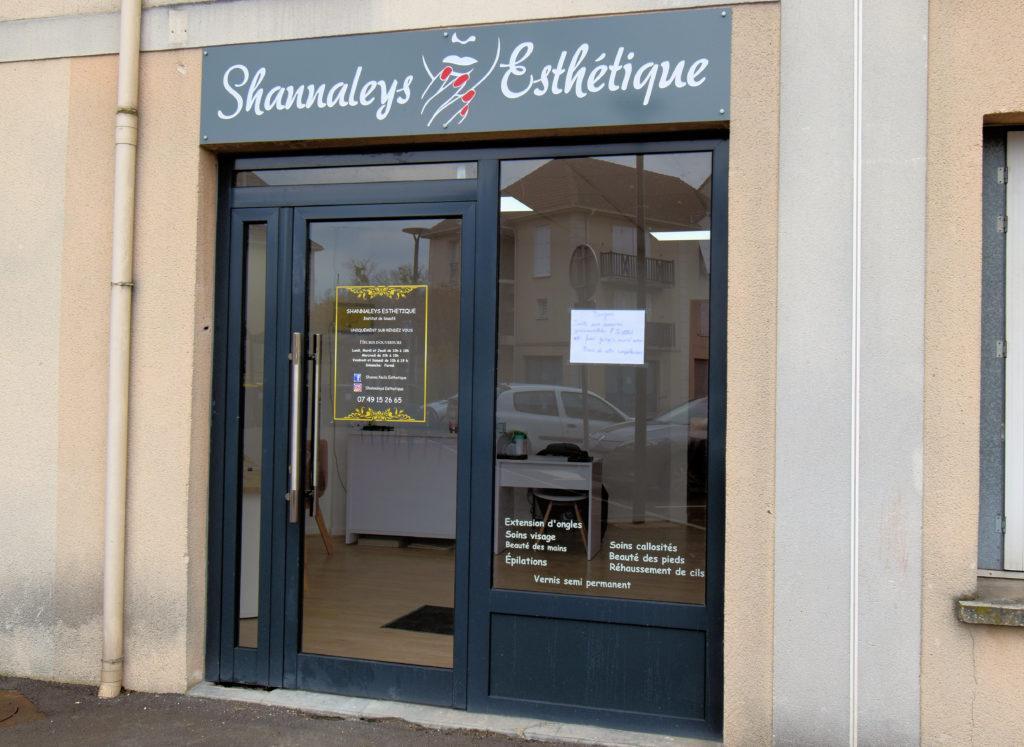 Shannaleys-Esthetique-Institut-de-beaute-Villeparisis-devanture-de-linstitut-de-beaute