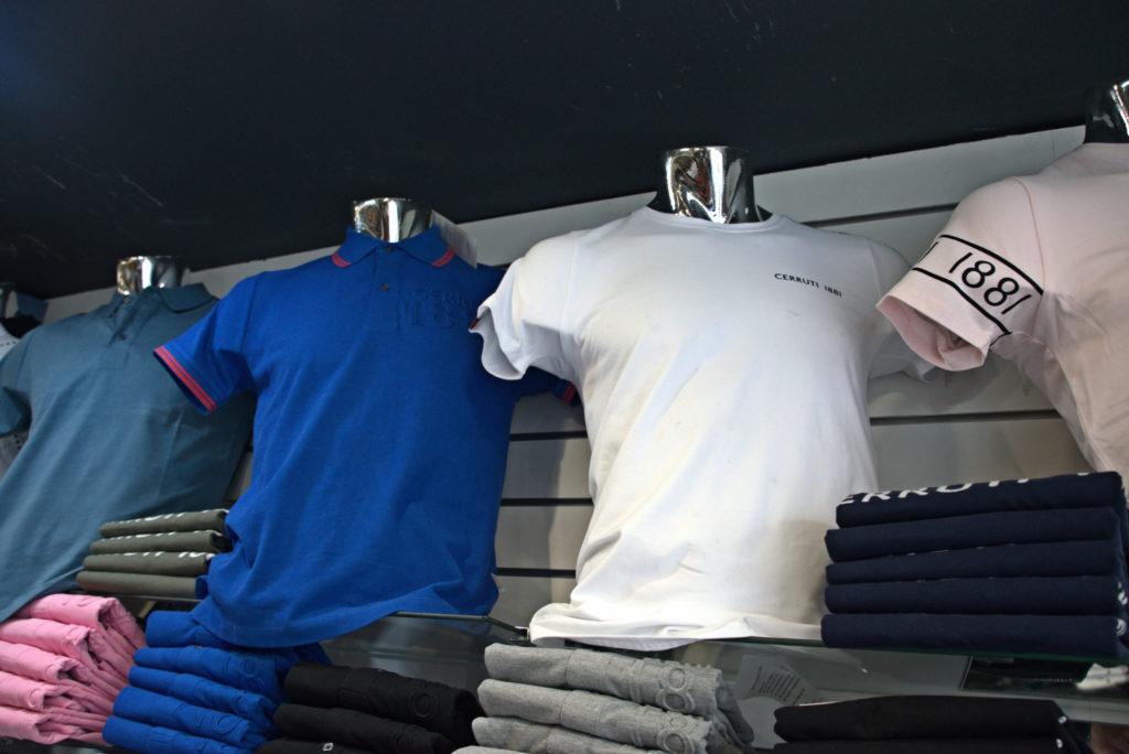 Chris-et-Leo-boutique-de-pret-a-porter-Villeparisis-t-shirts-pour-homme-gris-bleu-blanc