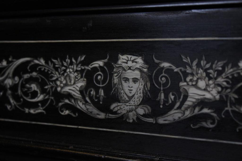 Ebenisterie-Thierry-de-Mullenheim-restauration-meuble-bois