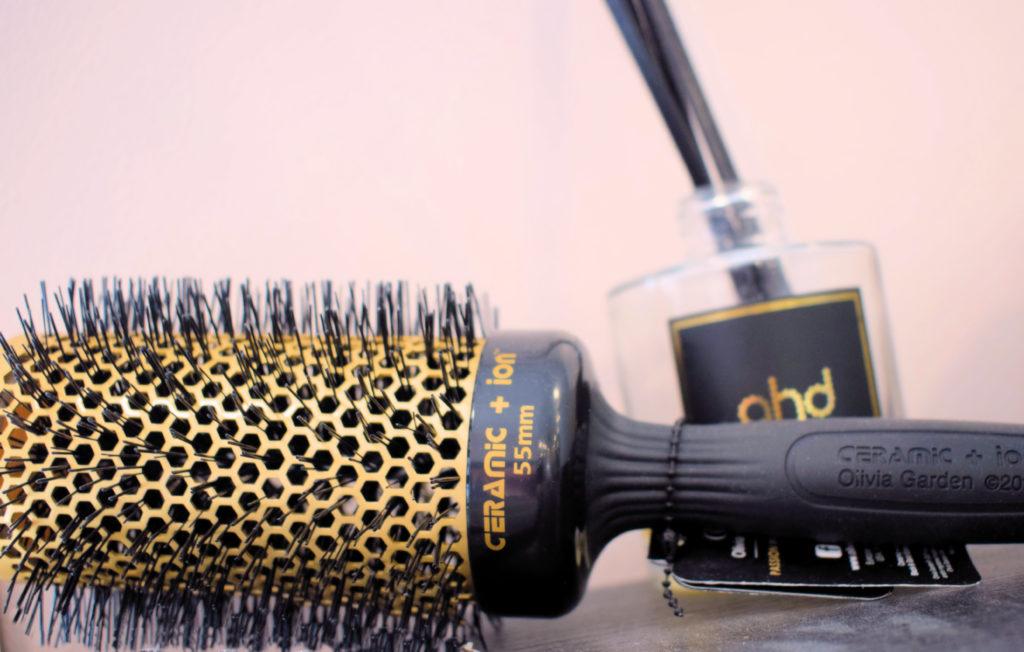 Intercoiff-salon-de-coiffure-Mitry-Mory-brosse-en-ceramique-de-la-marque-GHD