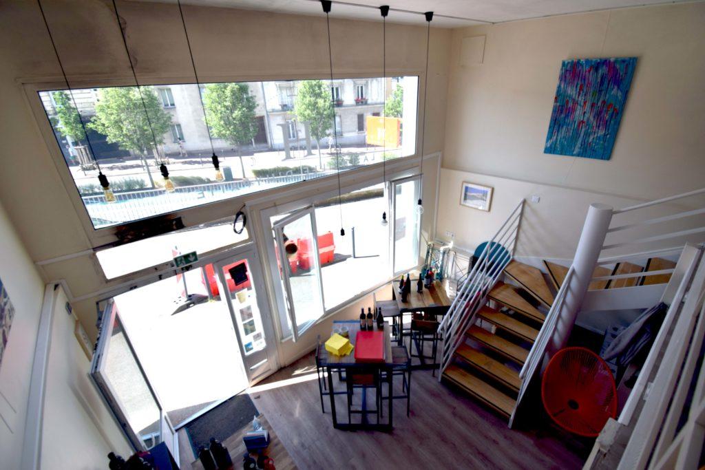 La-Treille-dHypathie-Bar-a-vins-Restaurant-Vanves-vue-de-la-salle-depuis-la-mezzanine