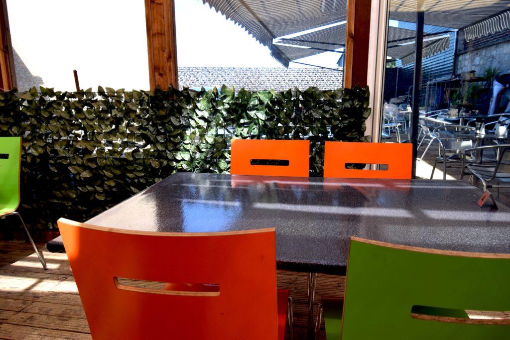 Le-Gabriel-Peri-Bar-Brasserie-Mitry-Mory-vue-de-la-terrasse-depuis-la-veranda