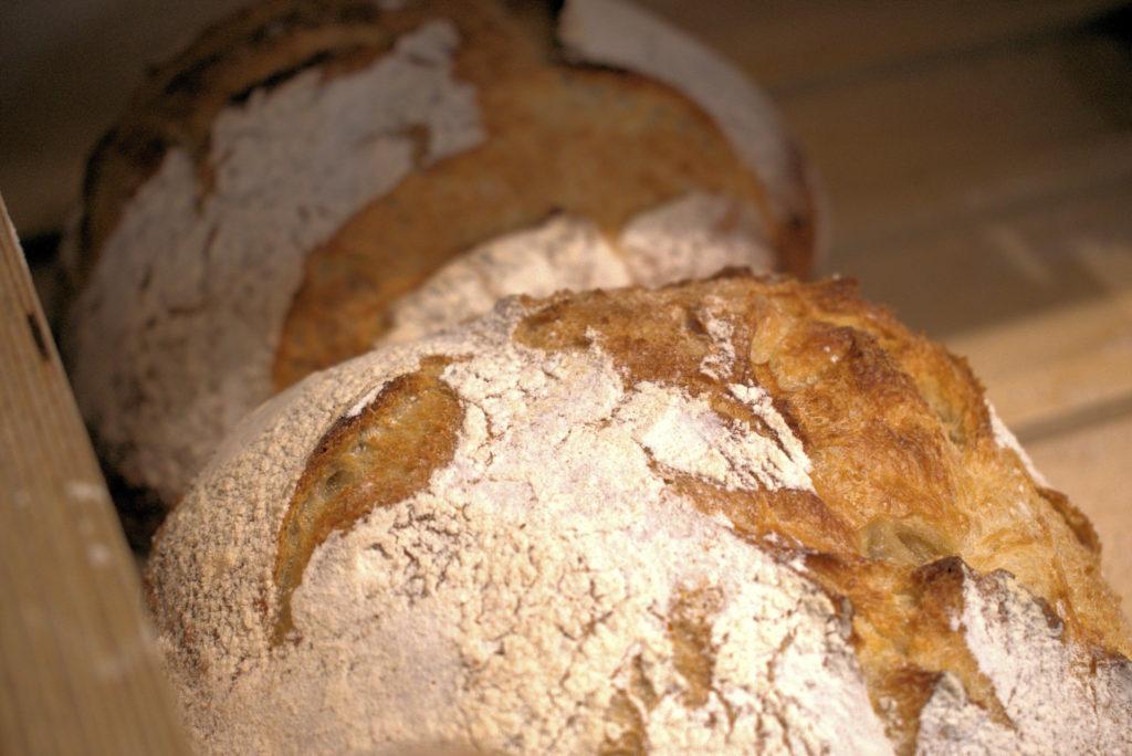 Les-toques-du-pain-boulangerie-patisserie-Vanves-boule-de-campagne