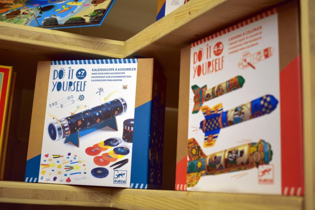 Librairie-Cheval-Vapeur-librairie-Vanves-kit-construction-Do-It-Yourself-kaleidoscope