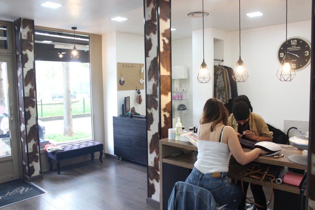 Vanity-Hair-Vanves-interieur-mancucue-pedicure