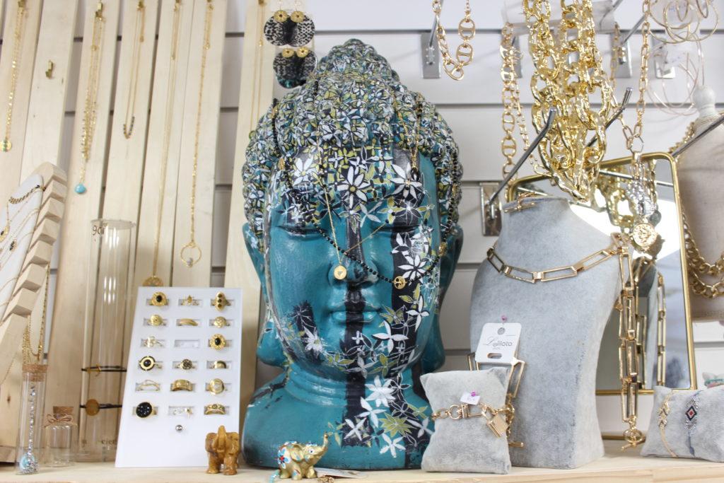 Vanv-en-poup-Vanves-bijoux