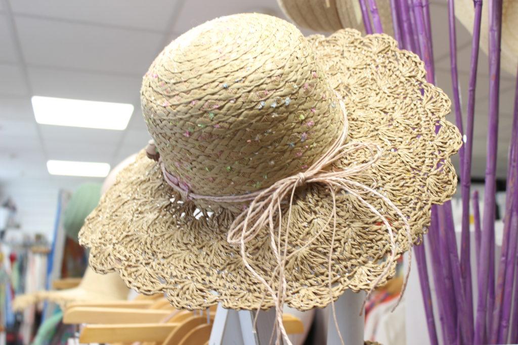Vanv-en-poup-Vanves-chapeaux