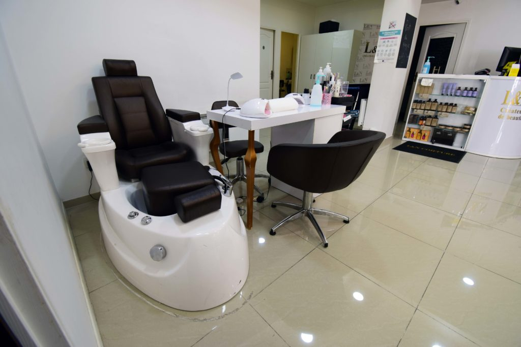 LN-Beaute-salon-de-coiffure-et-beaute-Villiers-Le-Bel-espace-beaute-des-mains-et-des-pieds